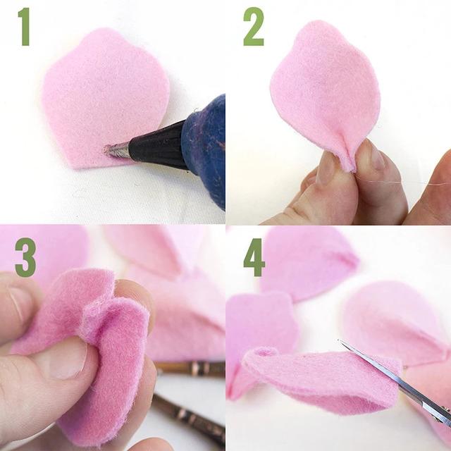 Kích thước cũng là một trong những yếu tố quan trọng khi làm hoa hồng bằng vải nỉ.